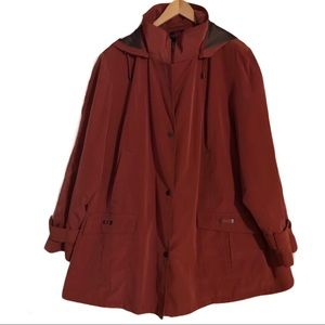 Gallery Woman Jacket With Removable Lining & Hood